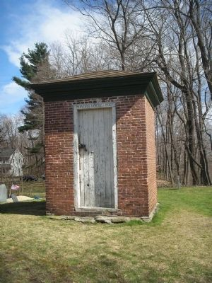 1810 Powder House image. Click for full size.