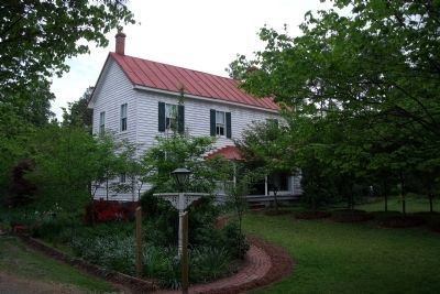 Piney Grove circa 1790, operating today as a B&B. image. Click for full size.