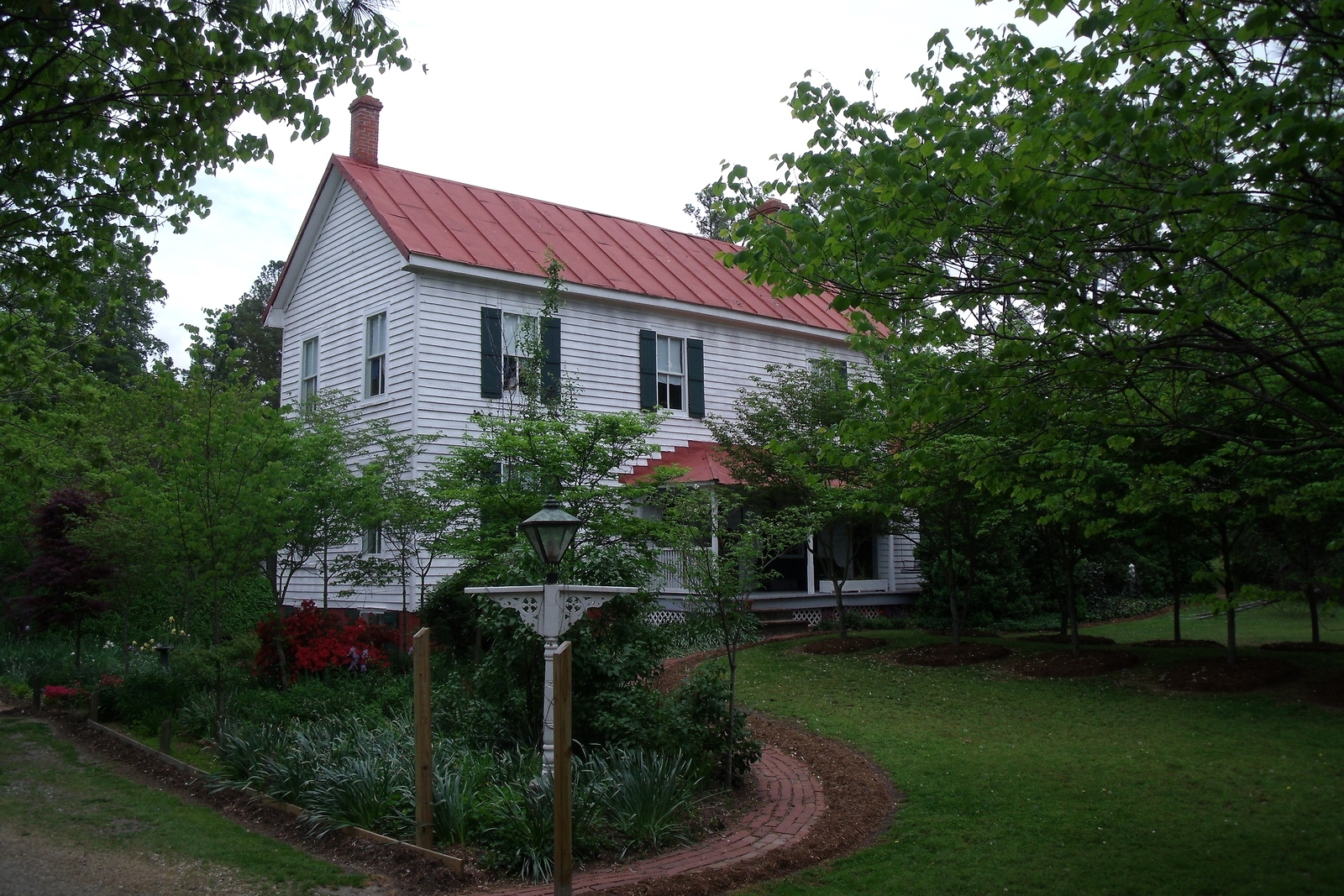 Piney Grove circa 1790, operating today as a B&B.
