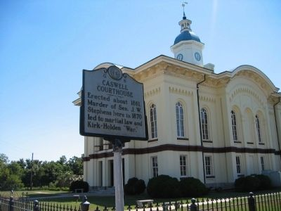 Caswell County Courthouse (completed 1861) image. Click for full size.