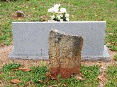 First Burial in Long Cane Cemetery Marker - Rear image. Click for full size.