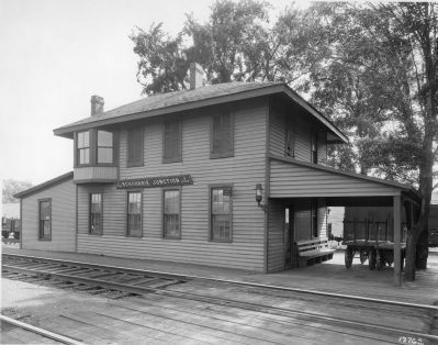 Schoharie Junction Station - Early 1930s image. Click for full size.