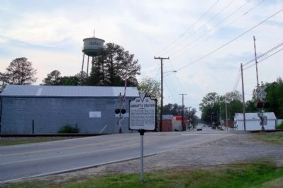 Jarratt's Station Marker (facing west) image. Click for full size.