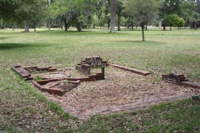 Frederica - other house ruins image. Click for full size.