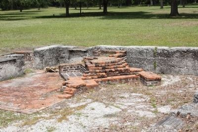 Frederica - Candlemaker ruins, oven and fireplaces image. Click for full size.