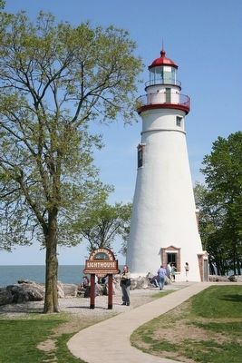 Marblehead Lighthouse image. Click for full size.