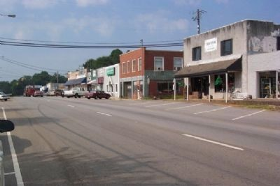 View of Main Street (US 431) from near Smith Marker image. Click for full size.
