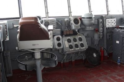 USS Yorktown Captains Chair on the Bridge image. Click for full size.