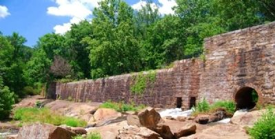 Masonry Dam and Overlook image. Click for full size.