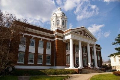 Barrow County Courthouse image. Click for full size.