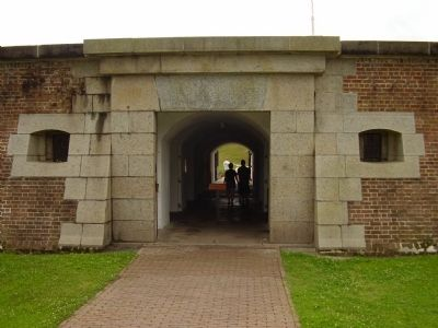 Entrance to Fort Moultrie on Sullivan Island image. Click for full size.