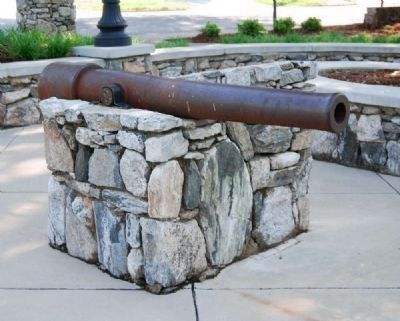 Cannon at the Entrance to McPherson Park image. Click for full size.