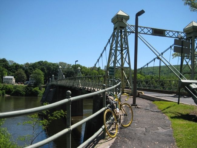 Riegelsville Roebling Bridge image. Click for full size.