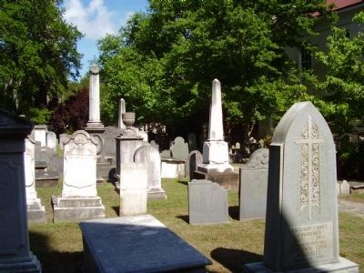 The Independent or Congregational Church of Charlestown Grave yard image. Click for full size.