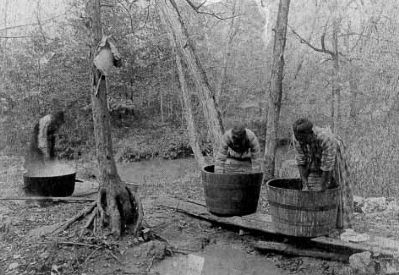 African American Women Washing Clothes at Millwood image. Click for full size.