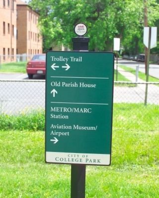 Trolley Trail Sign image. Click for full size.