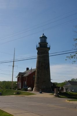 Fairport Harbor Lighthouse image. Click for full size.