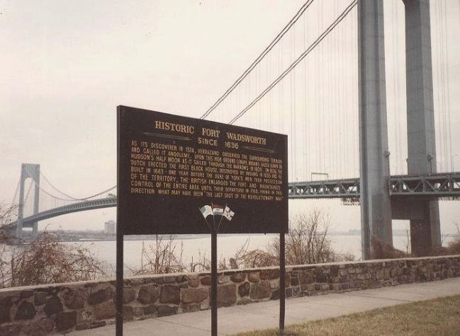 Historic Fort Wadsworth Marker at the Verrazono Narrows image. Click for full size.
