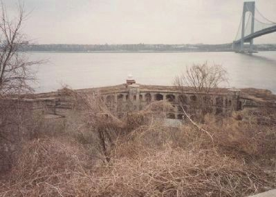 Fort Wadsworth - Battery Weed (constr. 1845-1861) image. Click for full size.