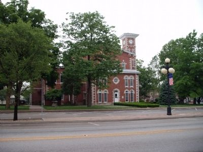 West Side - - Morgan County Indiana Courthouse image. Click for full size.