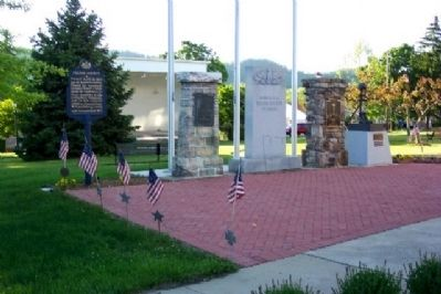 Fulton County Veterans Memorial image. Click for full size.