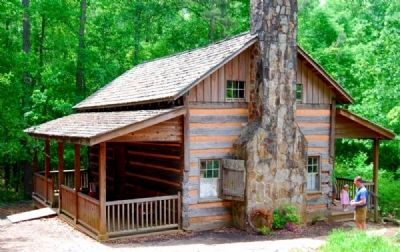 Hunt Cabin image. Click for full size.