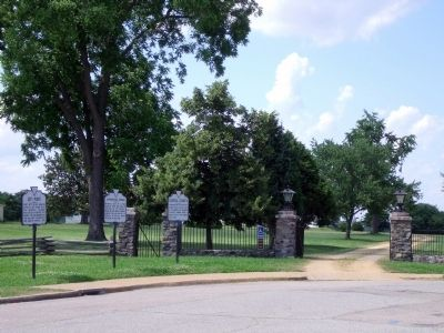City Point Markers at Cedar Lane & Pecan Avenue (facing west). image. Click for full size.