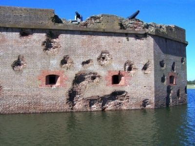Battered Fort Pulaski walls image. Click for full size.