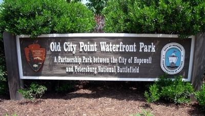 Old City Point Waterfront Park on Water Street. image. Click for full size.