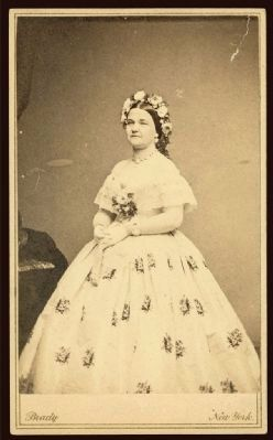 Mary Todd Lincoln image. Click for full size.