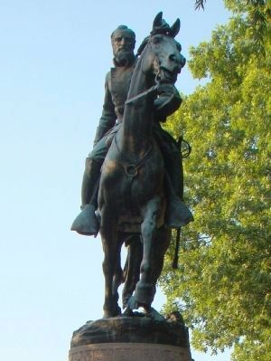 Bronze of Stonewall Jackson by Charles Keck image. Click for full size.