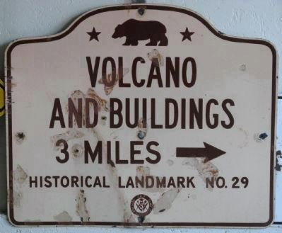 Volcano Road Directional Sign image. Click for more information.