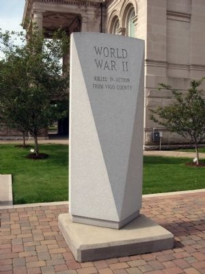 Left View - - World War II War Memorial Marker image. Click for full size.