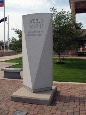 Right View - - World War II War Memorial Marker image. Click for full size.