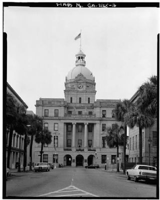 Savannah City Hall image. Click for more information.