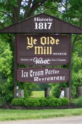 Ye Olde Mill Sign along OH Rt 13 image. Click for full size.
