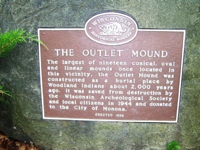 The Outlet Mound Marker image. Click for full size.
