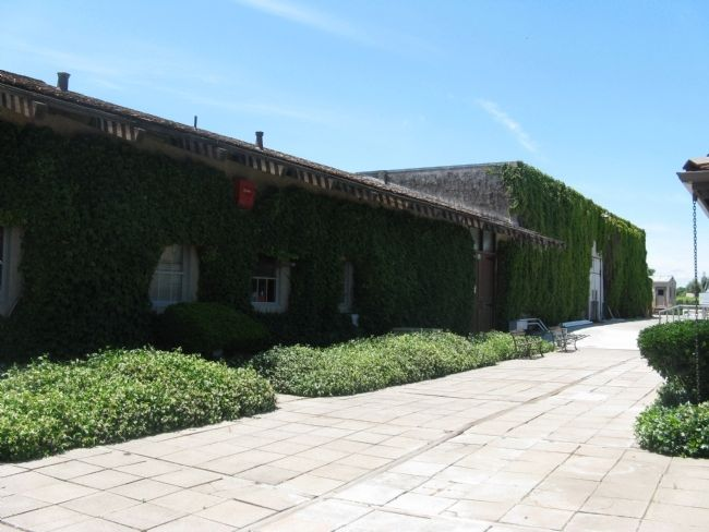 Wente Bros. Winery image. Click for full size.