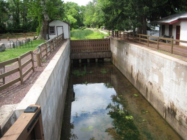 Lock on the Delaware Canal image. Click for full size.
