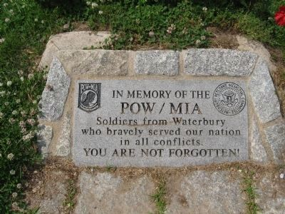 Main Stone of Memorial image. Click for full size.