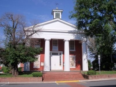 Brunswick County Court House. image. Click for full size.