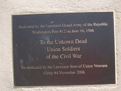 Closeup of Unknown Dead Marker plaque image. Click for full size.