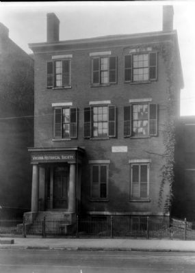 Norman Stewart House, 707 East Franklin Street. image. Click for full size.