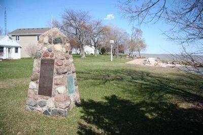 Fort Sites / De Lery Portage Marker image. Click for full size.