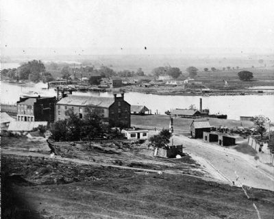 View of Rocketts [Landing] and south side of James River from Libby Hill image. Click for full size.