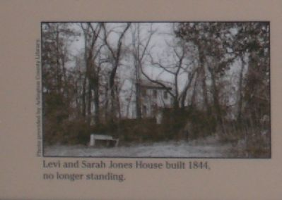 Levi and Sarah Jones House built in 1844. image. Click for full size.