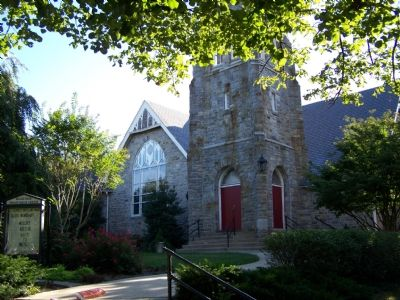 Roland Park Presbyterian Church across from the marker. image. Click for full size.