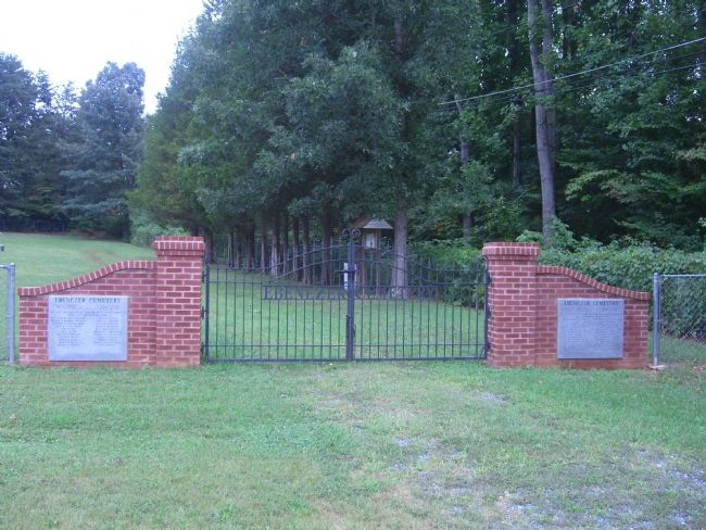 Entrance Gate to Ebenezer Cemetery image. Click for full size.