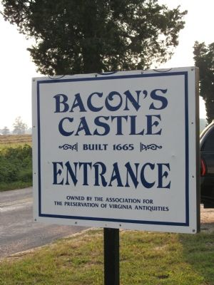 Bacon's Castle image. Click for full size.