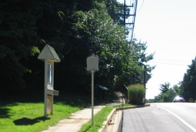 Markers at the North Edge of Oakwood Cemetery image. Click for full size.